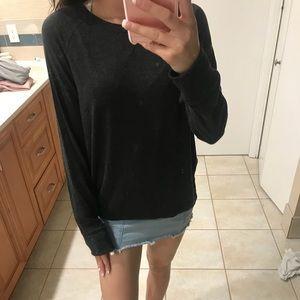 Long sleeve dark black/grey sweater